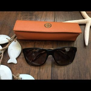 Tory Burch Sunglasses 🕶